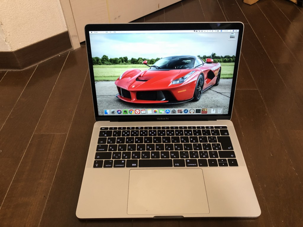 Mac Book Pro 2017(13インチ)のレビュー