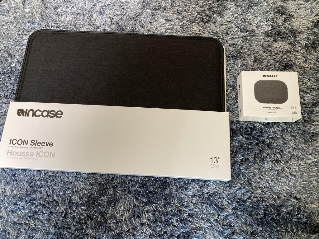 Incase 13インチICON Sleeve with Woolenex for MacBook レビュー
